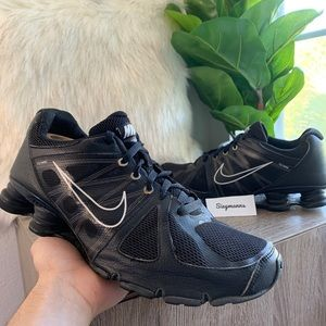 Nike Shox Conundrum Agent, 438684-1 Running Shoes
